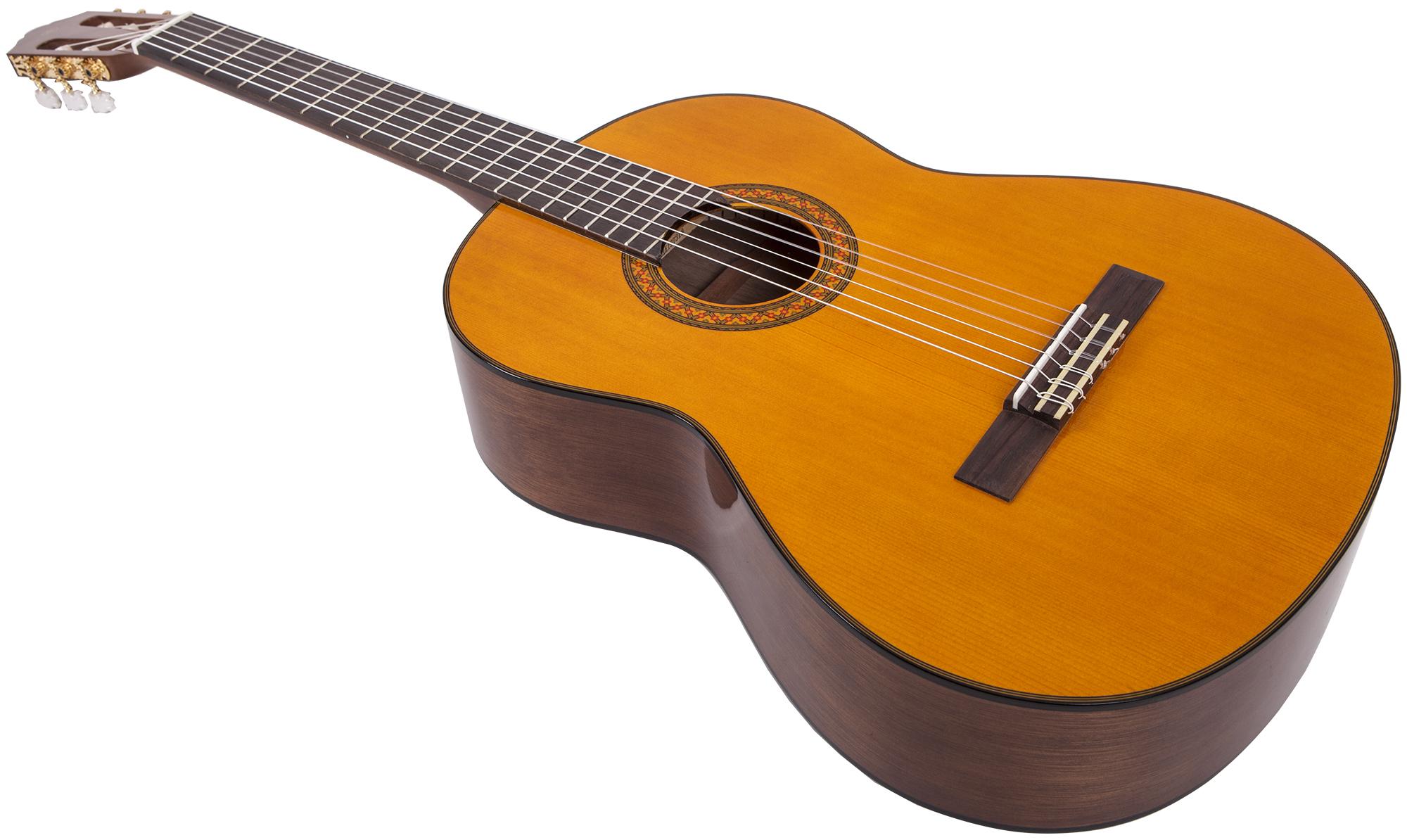 Выбор классической гитары Yamaha
